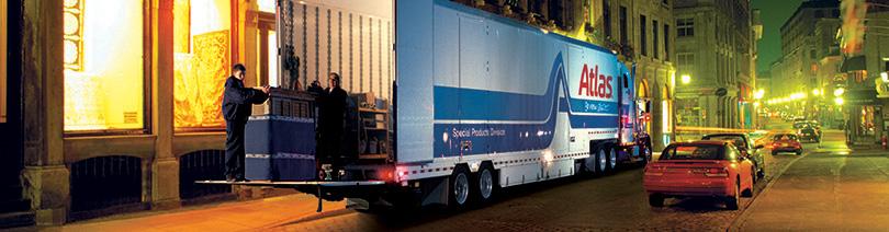 International movers unloading truck